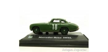 miniature car MERCEDES BENZ 300SL 18 - 1/72 CARARAMA