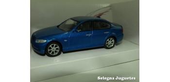 coche miniatura Bmw Serie 3 escala 1/43 Mondo Motors