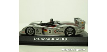 miniature car AUDI INFINEON R8 - Nº 3 LEMANS - 1/43 - MINI