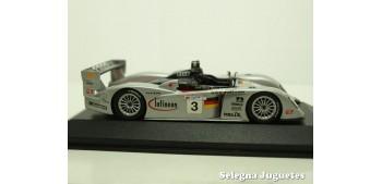 coche miniatura Audi Infineon R8 Nº 3 Le Mans escala 1/43