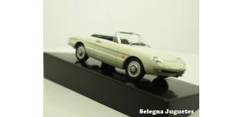 Alfa Romeo Spider 1600 Duetto 1966 escala 1/43 coche miniatura metal