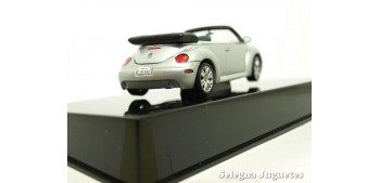 miniature car VOLSKWAGEN BEETLE NEW CABRIO 1/43 AUTO ART COCHE