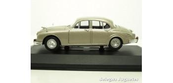 Jaguar MK II 1/43 Vanguards coche metal miniatura