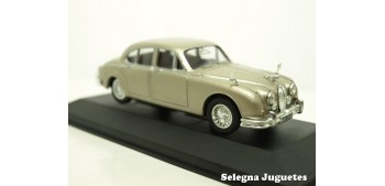 Jaguar MK II escale 1:43 Vanguards