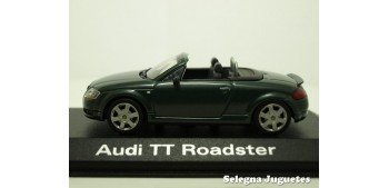 miniature car Audi TT Roadster scale 1:43 Minichamps miniature