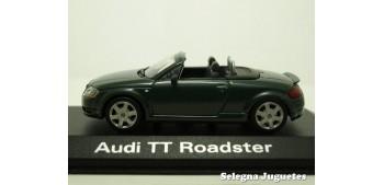 Audi TT Roadster scale 1:43 Minichamps miniature car