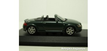 coche miniatura Audi TT Roadster escala 1/43 Minichamps coche