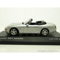 <p>Marca:<strong>Minichamps</strong></p> <p><span>Escala - Scale - Echelle - Mabstab:<strong>1/43 - 1:43</strong></span></p> <p>MODELO:<strong>Porsche968 cabriolet</strong></p>
