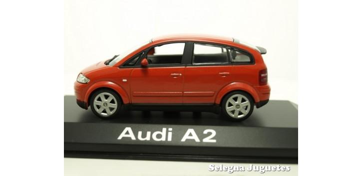 Audi A2 rojo escala 1/43 Minichamps coche miniatura metal