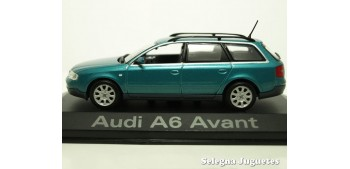 miniature car Audi A6 Avant azul scale 1:43 Minichamps