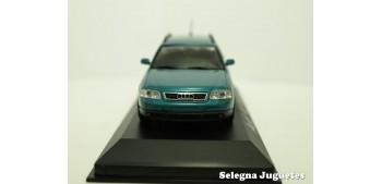 Audi A6 Avant azul escala 1/43 Minichamps coche miniatura metal