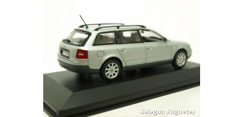 Audi A6 Avant gris scale 1:43 Minichamps miniature car