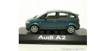 miniature car Audi A2 azul escala 1/43 Minichamps