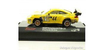 PORSCHE 911 GT3R 2002 DAYTONA 24 HORAS- 1/72 - SAICO
