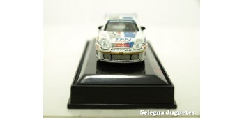 Porsche 911 GT3 2000 Chereau Le mans escala 1/72 saico
