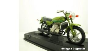 Van Veen Ocr 1000 1976 escala 1/18 guiloy moto metal en miniatura