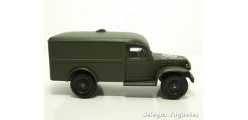 Dodge 4x4 WC 54 1/50 Coche Metal