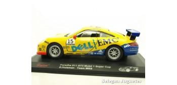 miniature car Porsche 911 GT3 Mobil 1 Super Cup Huisman escala