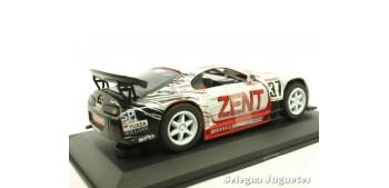 coche miniatura Toyota Supra JGTC nº 37 Zent escala 1/32 Saico