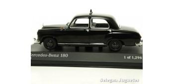 miniature car MERCEDES BENZ 180 TAXI 1/43 MINICHAMPS COCHE
