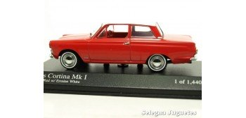 Lotus Cortina MK-I escala 1:43 Minichamps miniature car