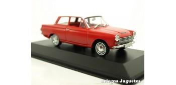 Lotus Cortina MK-I escala 1/43 Minichamps coche miniatura metal