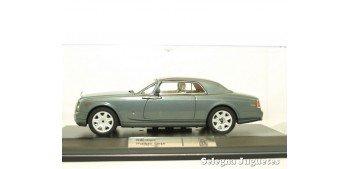 Rolls Royce Phantom Coupe scale 1:43 car miniature