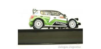 coche miniatura Skoda Fabia S2000 número 5 1/43 coche escala