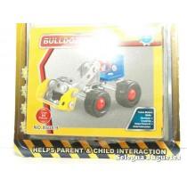 <p><strong>Bulldozer Artículo con piezas metálicas para montar</strong></p> <p><strong><strong>Producto similar a la marca Mecano</strong></strong></p>