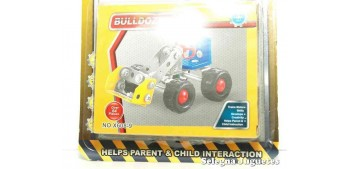 Bulldozer Artículo con piezas metálicas para montar