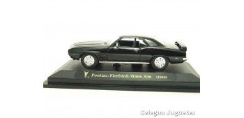 Pontiac Firebird Trans Am negro 1/43 Lucky Die Cast car