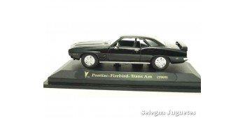 Pontiac Firebird Trans Am negro 1/43 Lucky Die Cast car miniature