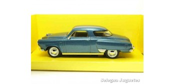miniature car Studebaker Champion 1950 1/43 Lucky Die Cast car
