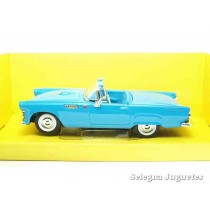 "<p><strong>Ford Thunderbird 1955</strong></p> <p><strong>Lucky Die Cast</strong></p> <p><strong>1/43 - 1:43</strong></p> <p><strong>Ver más <a href=""https://www.selegnajuguetes.es/es/coches-a-escala/"" class=""btn btn-default"">COCHES A ESCALA</a> </strong><strong>Ver más <a href=""https://www.selegnajuguetes.es/es/por-escalas/escala-1-43/"" class=""btn btn-default"">1/43 - 1:43</a></strong></p>"