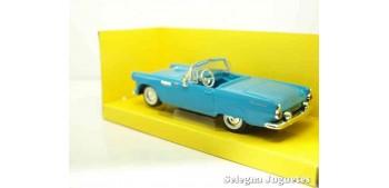 maqueta Ford Thunderbird 1955 1/43 Lucky Die Cast coche a escala