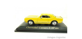 Chevrolet Camaro Z-28 1967 yellow 1/43 Lucky Die Cast car miniature