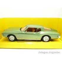 "<p><strong>Buick Riviera GS 1971</strong></p><p><strong>Lucky Die Cast</strong></p><p><strong>1/43 - 1:43</strong></p><p><strong>Ver más<a class=""btn btn-default"" href=""https://www.selegnajuguetes.es/es/coches-a-escala/"">COCHES A ESCALA</a></strong><strong>Ver más<a class=""btn btn-default"" href=""https://www.selegnajuguetes.es/es/por-escalas/escala-1-43/"">1/43 - 1:43</a></strong></p>"
