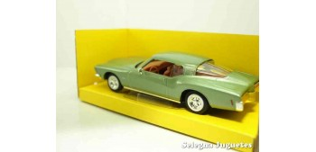 Buick Riviera GS 1971 1/43 Lucky Die Cast car miniature