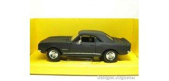 Chevrolet Camaro Z-28 1967 Matt Black 1/43 Lucky Die Cast coche a escala