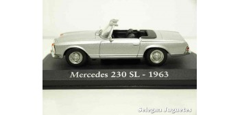 miniature car Mercedes Benz 230 SL 1963 1/43 (Showcase) Ixo -