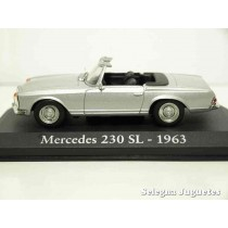 "<p><strong>Mercedes 230 SL 1963</strong></p> <p><strong>1/43 - 1:43</strong></p> <p style=""font-style:normal;font-size:11px;font-family:Verdana, Arial, Helvetica, sans-serif;""><strong>IXO - RBA</strong></p> <p style=""font-style:normal;font-size:11px;font-family:Verdana, Arial, Helvetica, sans-serif;""><strong style=""font-style:normal;line-height:1.5em;font-family:Raleway, sans-serif;font-size:11.2px;"">Ver más <a class=""btn btn-default"" href=""https://www.selegnajuguetes.es/es/coches-a-escala/"">coches a escala</a> </strong><strong style=""font-style:normal;line-height:1.5em;font-family:Raleway, sans-serif;font-size:11.2px;"">Ver más <a class=""btn btn-default"" href=""https://www.selegnajuguetes.es/es/por-escalas/escala-1-43/"">1/43 - 1:43</a></strong></p>"