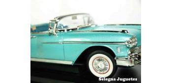 Cadillac Eldorado Biarritz 1958 1/18 Lucky Die Cast coche a escala