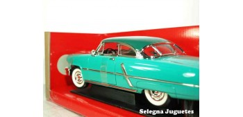 Lincoln Capri 1952 1/18 Lucky Die Cast coche a escala