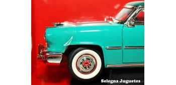 Lincoln Capri 1952 1/18 Lucky Die Cast car miniature