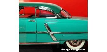 Lincoln Capri 1952 1/18 Lucky Die Cast coche a escala