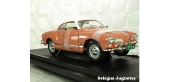 maqueta Karman Ghia (Volkswagen) 1/18 Lucky Die Cast coche a