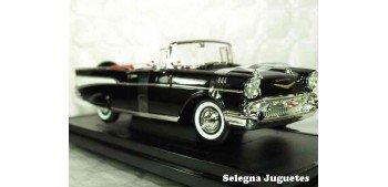 Chevrolet Bel Air Convertible 1957 1/18 Lucky Die Cast coche a escala