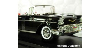 miniature car Chevrolet Bel Air Convertible 1957 1/18 Lucky Die