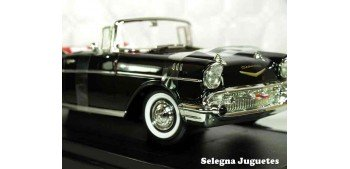 Chevrolet Bel Air Convertible 1957 1/18 Lucky Die Cast car miniature