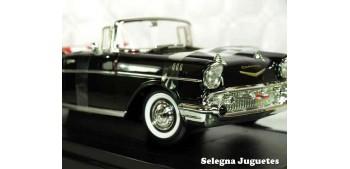 maqueta Chevrolet Bel Air Convertible 1957 1/18 Lucky Die Cast